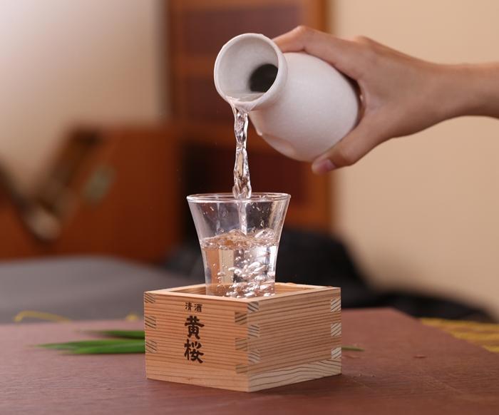 Description: Kết quả hình ảnh cho ly uống rượu sake