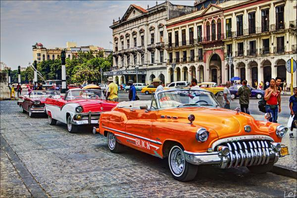 NEWYORK - PHILADELPHIA - WASHINGTON D.C – LAS VEGAS – LOS ANGELES – HAVANA – VINA LES – VARADEO